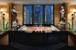 Mandarin Oriental Hong Kong Suite Bathroom