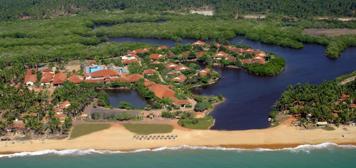 Club Palm Bay Hotel (Sri Lanka). Merawila Lagoon and Merawila Beach.