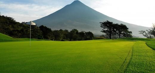 La Reunion Golf Resort & Residence, Alotenango, Guatemala - гольф отели!