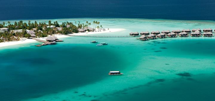 """Отель """"Constance Halaveli"""", Атолл Ари, Мальдивские острова. Фото www.constancehotels.com"""