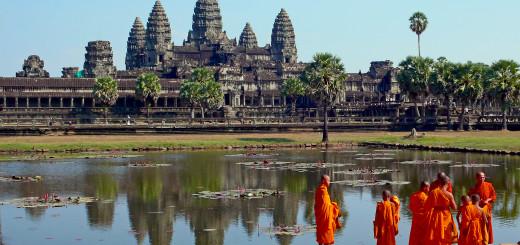 Лучшие отели рядом с Ангкор-Ват (Angkor Wat) - гигантский индуистский храмовый комплекс в Камбоджеen. Фото www.wikipedia.org