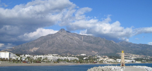Залив в Пуэрто Банусе (Puerto Banus). Коста-дель-Соль (Costa del Sol), Испания. Фото www.wikimedia.org