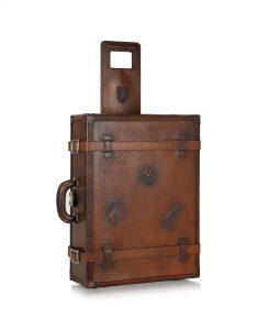 Стильный чемодан Pratesi для путешествий из натуральной кожи
