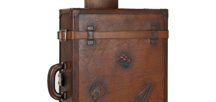 Стильный чемодан для путешествий из натуральной кожи