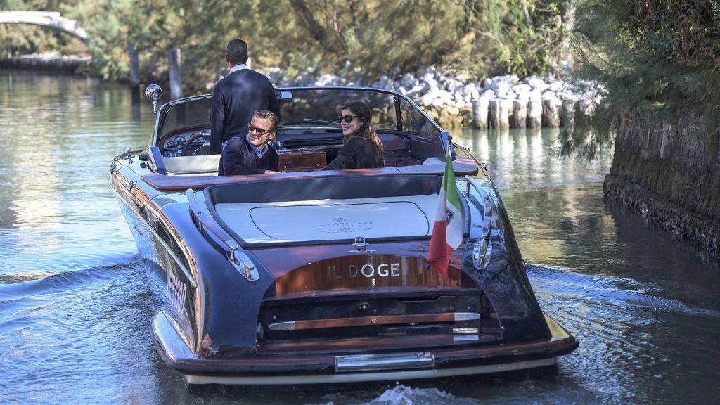 """Аренда яхты, катеров в Италии, Венеция - отель """"Gritti Palace"""", катер «Il Doge»"""
