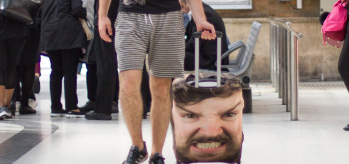"""Новинка британской компании """"Firebox"""" - приятный подарок для путешественников - Head Case Personalised Luggage!"""