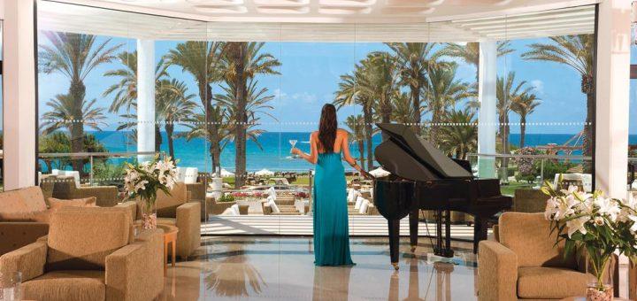 """Лучшие отели Кипра для взрослых - """"Constantinou Bros Asimina Suites Hotel - Adults Only"""""""